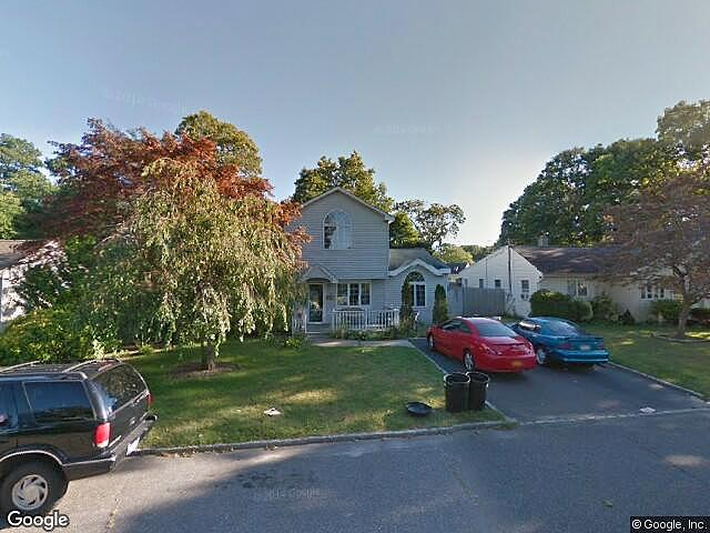 Lease to Own Home on La Salle Oakdale, NY