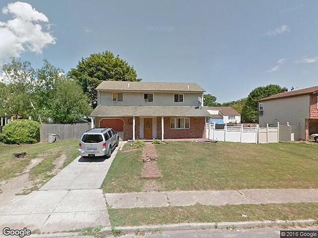 Lease to Own Home on Root Central Islip, NY