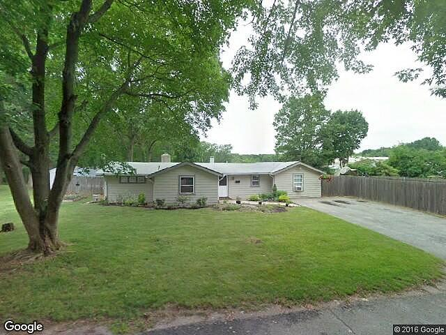 Lease to Own Home on Grandview Ave Johnston, RI