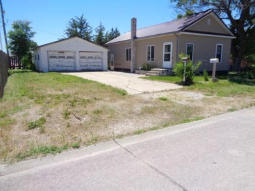 Lease to Own Home on B Valentine, NE