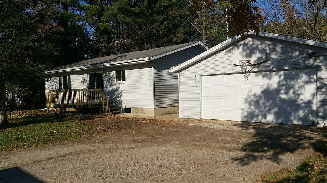 Lease to Own Home on Beach Garden Poynette, WI