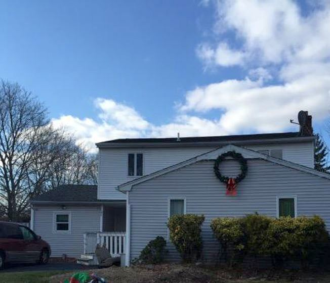 Lease to Own Home on Avenue Holbrook, NY