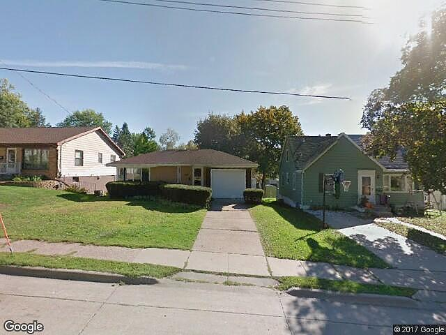 Lease to Own Home on 3Rd Dubuque, IA