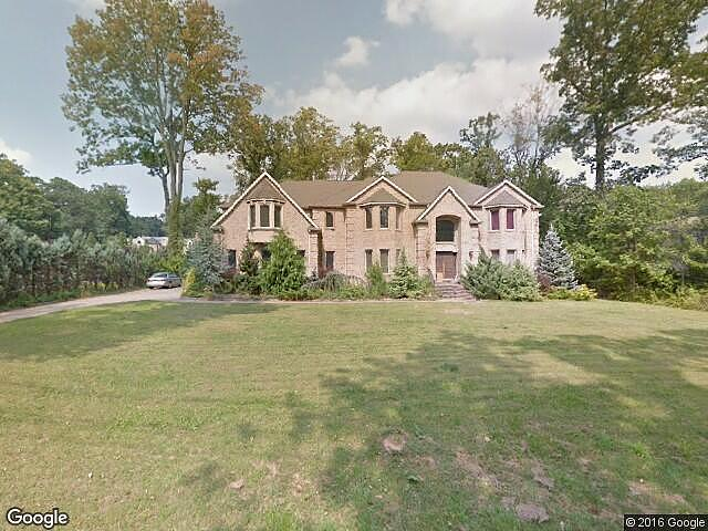 Lease to Own Home on Pleasant Upper Saddle River, NJ