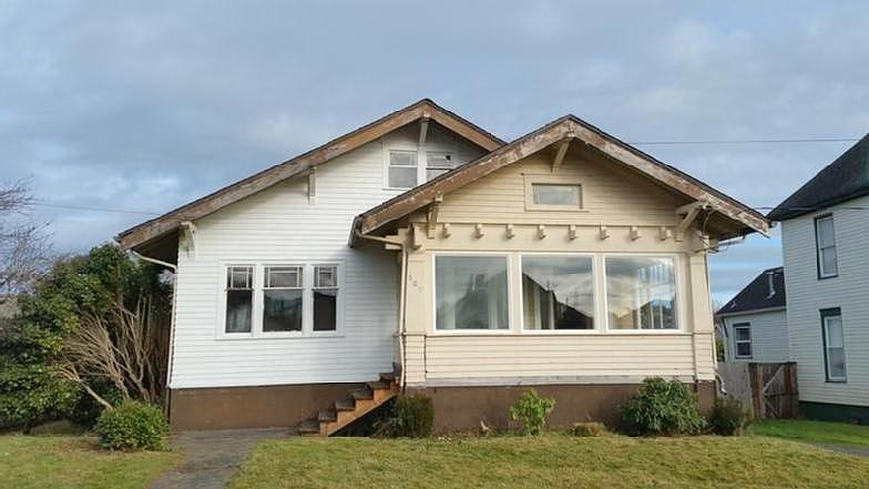 Lease to Own Home on M Hoquiam, WA
