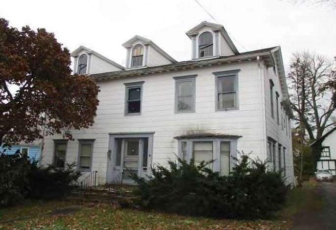 Lease to Own Home on State Albion, NY