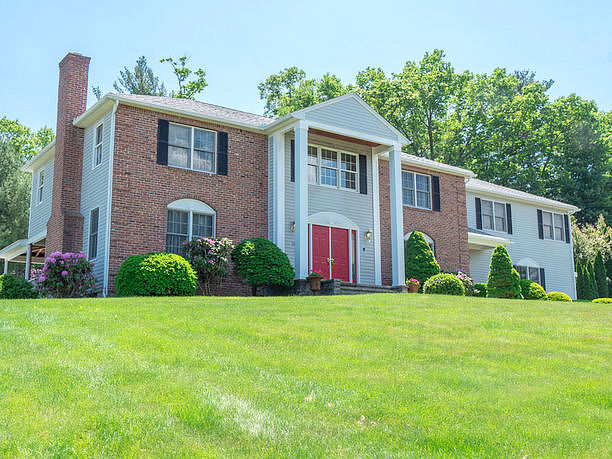 Lease to Own Home on Cardinal Westfield, MA