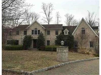 Lease to Own Home on Susan Rivervale, NJ