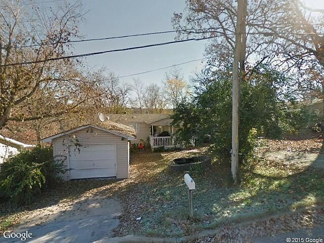 Lease to Own Home on Maple St Hollister, MO