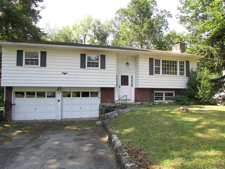 Lease to Own Home on Robert Hyde Park, NY