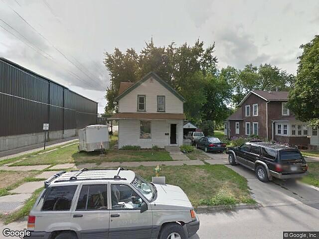 Lease to Own Home on 2Nd Perry, IA
