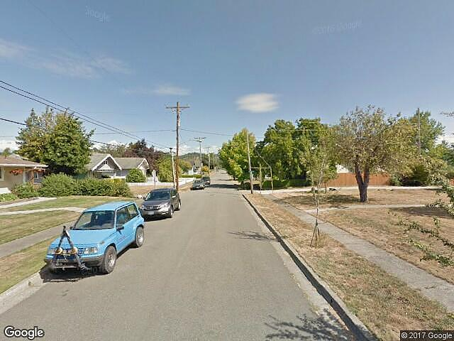 Lease to Own Home on 4Th Coquille, OR